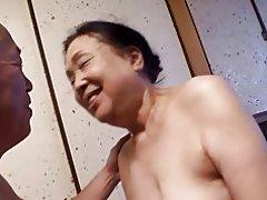 Reiko kurosaki: del 1 - helgen i izu hanto
