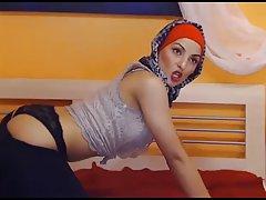 8 min full hijab Lovely muslima